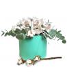 Коробка из 11 белых орхидей
