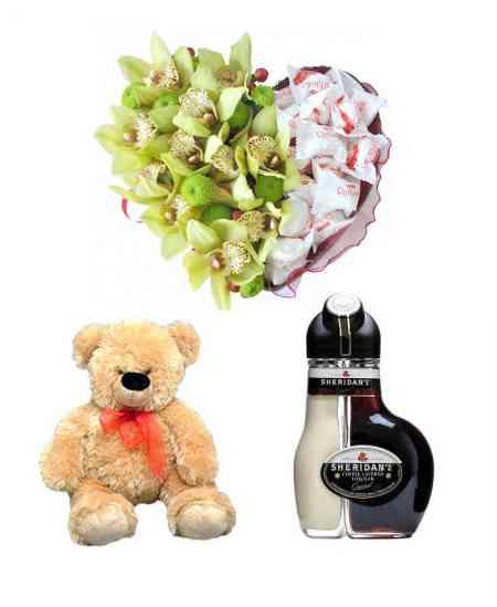 """Inimă din Orhidee și Raffaello + Lichior """"Sheridan's"""" + Ursuleț 52cm ↑"""
