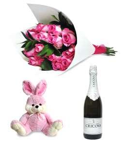 "Buchet din 11 trandafiri roz + Iepure roz 45cm ↑ + Șampanie ""CRICOVA"""
