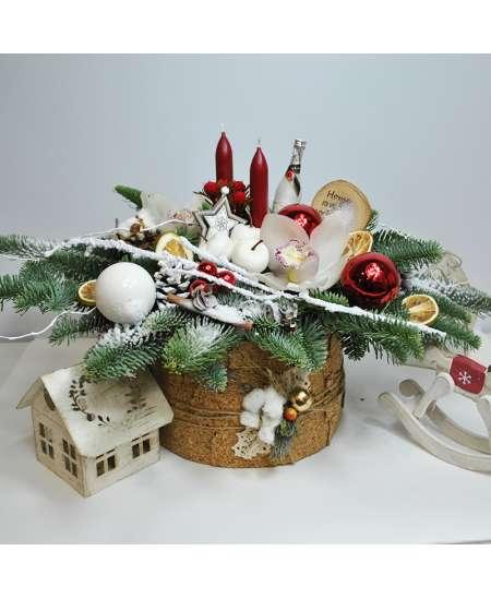 """Праздничная композиция """"Украшение Рождественского стола"""""""