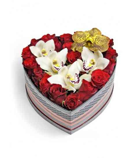 """Inimă din flori """"Romantic"""""""