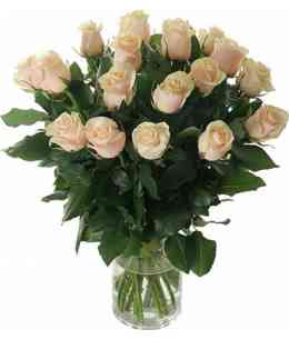 Bouquet of 19 white roses 60-70cm