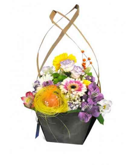 """Корзинка цветов """"Пасхальная радость"""""""