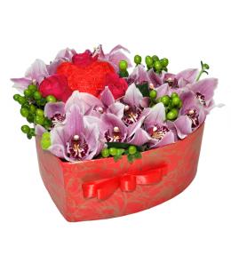 Inimă din 15 orhidee