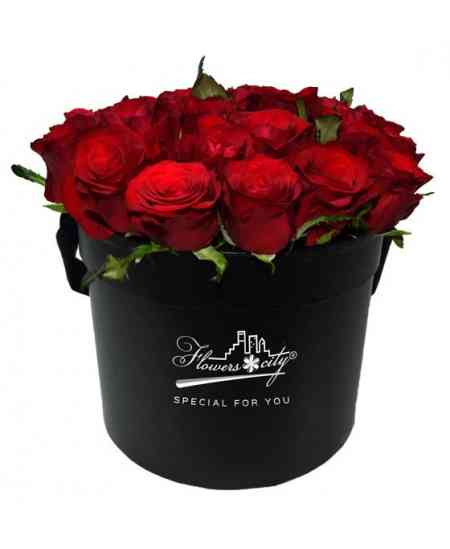 Box of 27 red roses