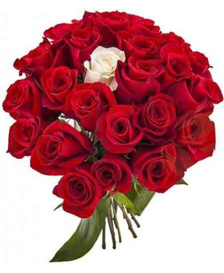 Buchet din trandafiri roșii și albi