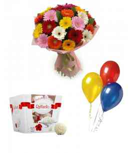 "Set of Bouquet ""The very gentleness"" + Raffaello + 5 Balls"