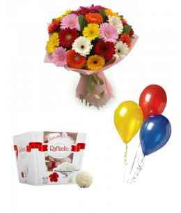 "Set of Bouquet ""The very gentleness"" + Raffaello + 5 Balls"