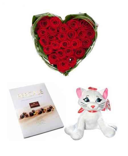 Set: Inimă din 35 trandafiri + Pisică + Ciocolată ''Pergale''